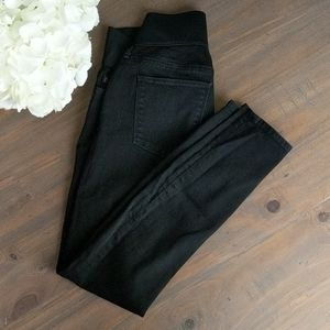 NWOT Gap black maternity jeans